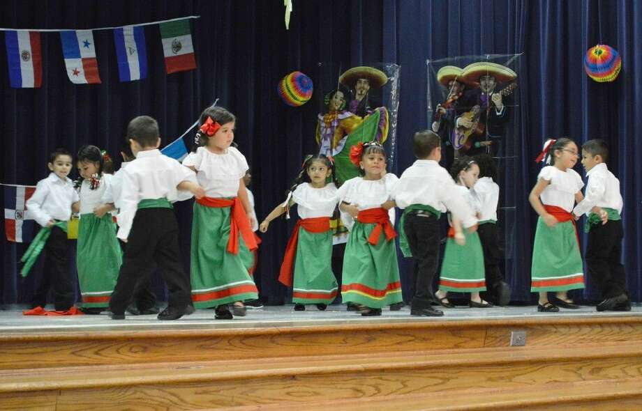 The entire school filled the auditorium at Stewart Elementary to enjoy an event that has been a campus tradition for more than a decade. Each year, students in grades pre-kindergarten through fifth celebrate Latin heritage with Ballet Folklórico.