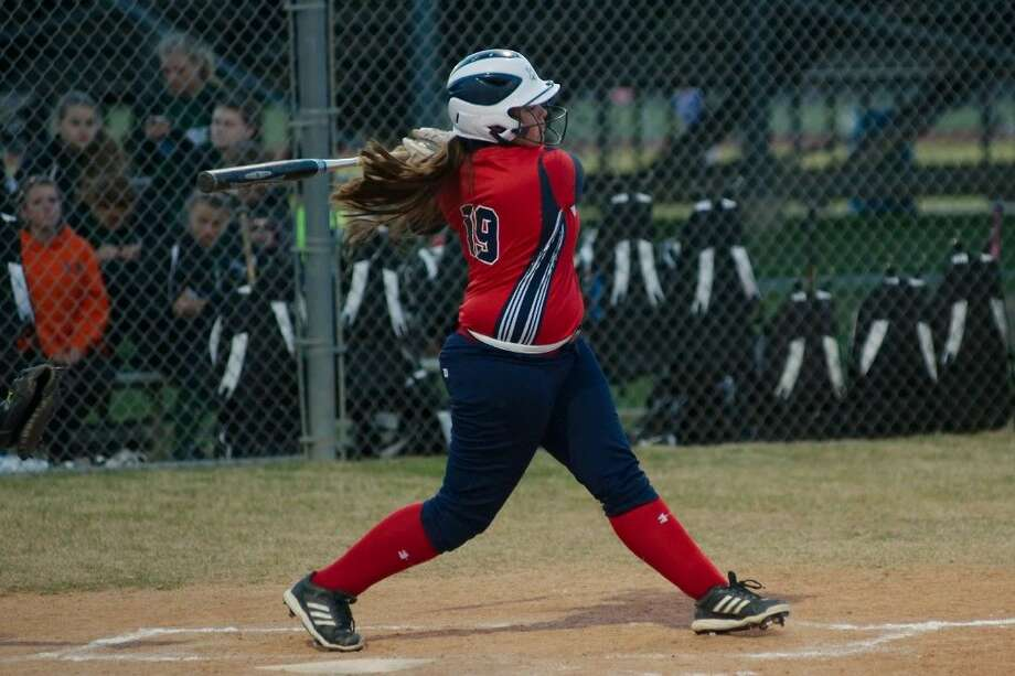 Rylee Rodriguez hopes to put up big offensive numbers once again for the Dawson Lady Eagle softball team. Photo: KIRK SIDES