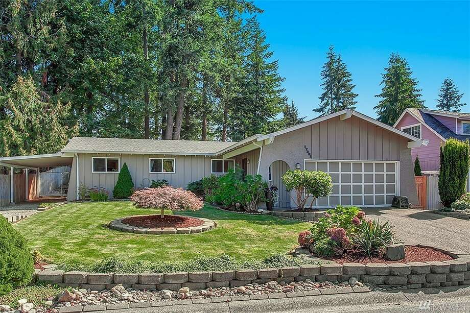 City:BothellPrice: $350,000Price per square foot: $275The first home, at 17331 20th Drive S.E., is in the Mays Pond community of Bothell. The three-bedroom, 1¾-bathroom home is 1,273 square feet and features a fully fenced backyard and plenty of upgrades such as a new roof, fresh interior paint and vinyl windows. It also has a two-car garage and a covered space for a boat or an RV. You can see the full listing here.In Seattle, $350,000 gets you this 750-square-foot condo in First Hill. Photo: Photos By H.D. Estates, Listing Courtesy Claudine Fleury, Lake & Company