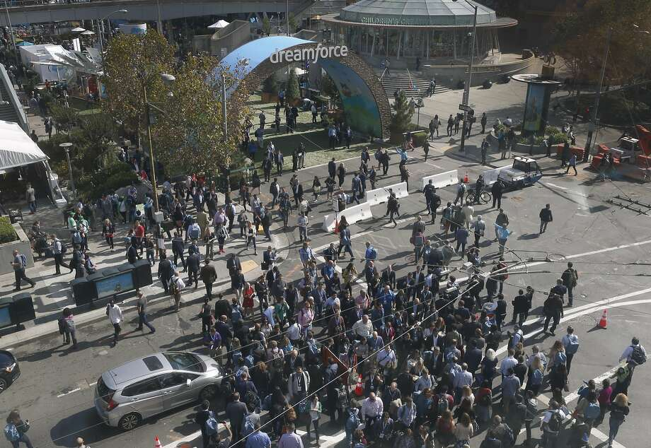 Scores of Dreamforce conference-goers converge on Fourth and Howard streets for the weeklong event hosted by Salesforce at the Moscone Convention Center in San Francisco, Calif. on Tuesday, Oct. 4, 2016. Photo: Paul Chinn, The Chronicle