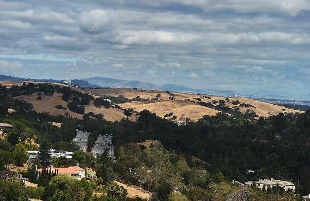 Los Altos HillsPopulation:8,495Violent crime: 6 Photo: JEWEL SAMAD/AFP/Getty Images