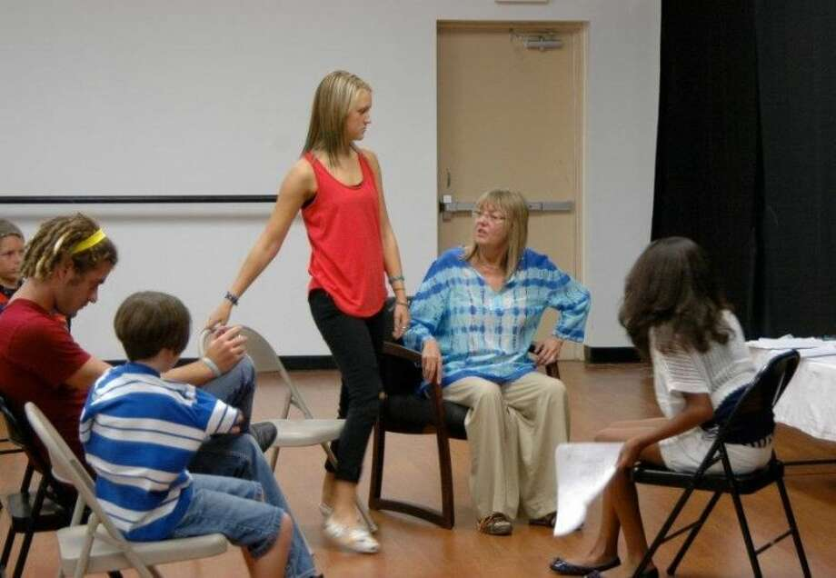 Emmy award winning Casting director from L.A. Janet Hirschenson teaches students in a workshop.