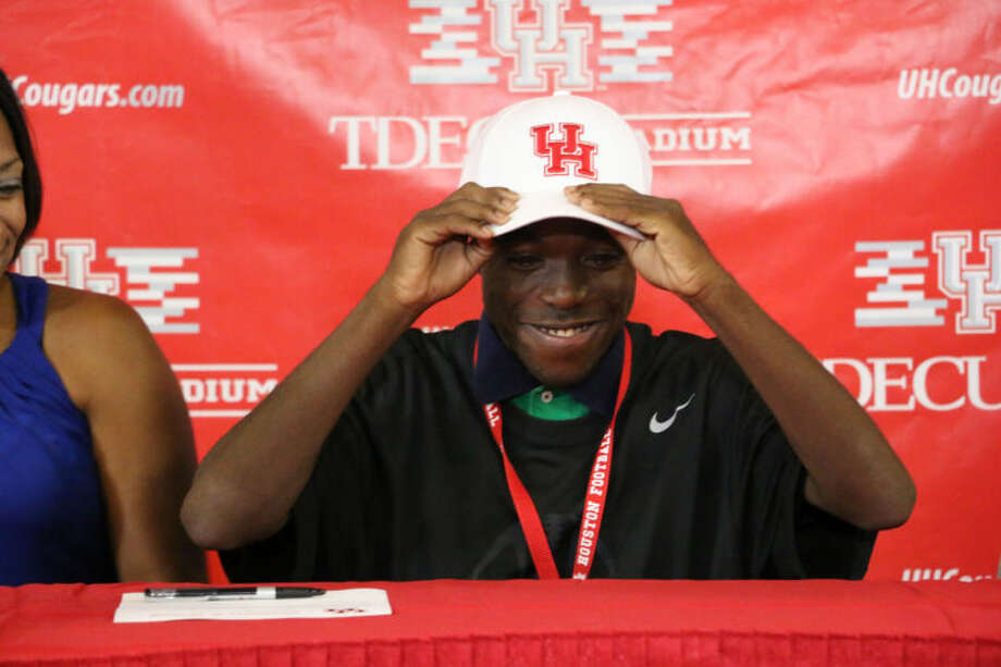 The Houston Football program announced the signing of 15-year old Jacolby Rogers Friday afternoon in the Carl Lewis Auditorium on the Houston campus.