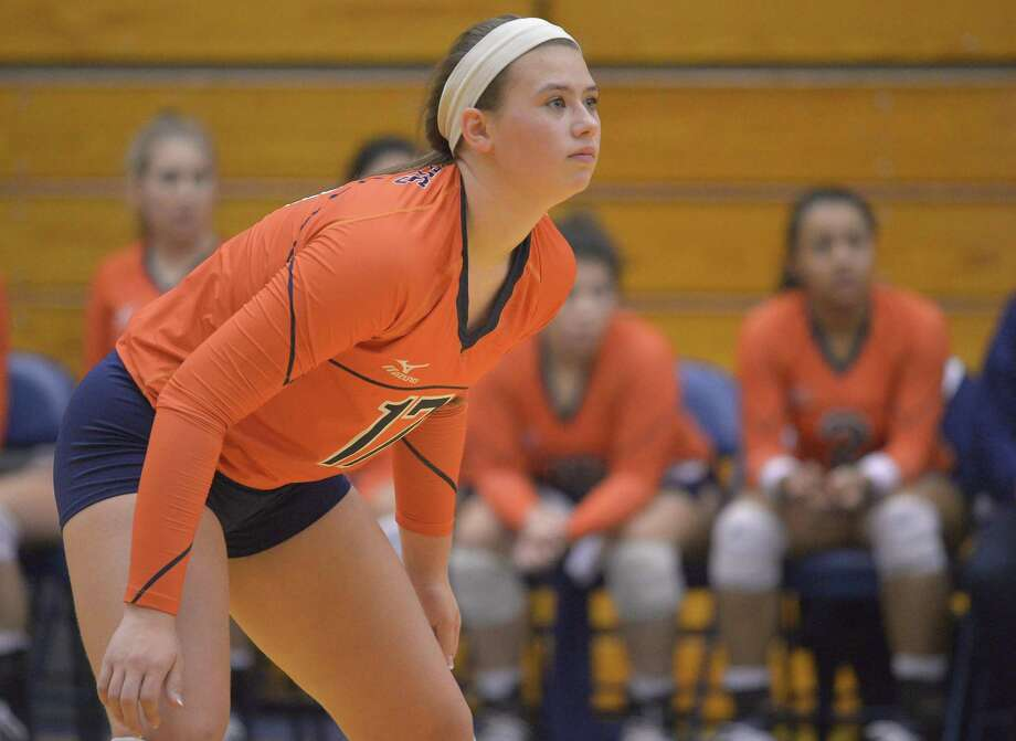 Brandeis junior Emily DeWalt watches play during a match against Clark on Oct. 4, 2016, in San Antonio. Photo: Darren Abate /For The Express-News / San Antonio Express-News