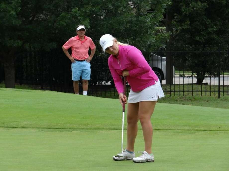 Twenty-two-year-old Portland Rosen from Houston on Friday won the 2014 Women's State Amateur Championship with a 3-and-2 victory against The Woodlands' Kelly McGovern at the scenic and challenging Bent Tree Country Club.