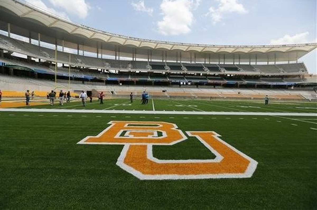 PHOTOS: A timeline of the Baylor sexual assault scandal In a Title IX lawsuit filed against Baylor this week, a former Baylor volleyball player says the school was 'indifferent' in responding to her case of sexual assault.