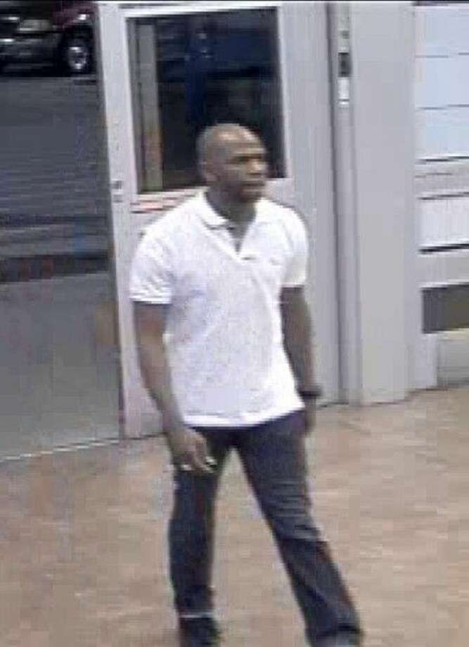 The suspect want for credit card theft in Sugar Land. Photo: Image Courtesy SLPD