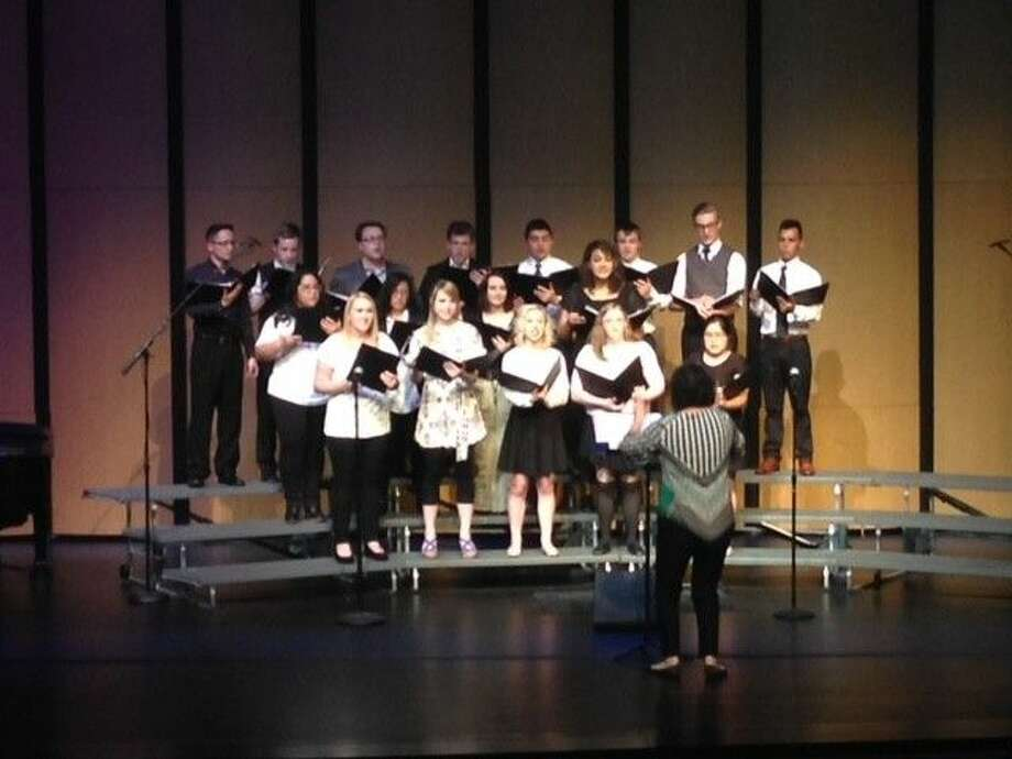 Lone Star College-Tomball Concert Choir performs at the Spring Music Concert. Photo: Taelor Smith