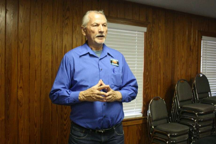 Coldspring Chamber of Commerce Second Vice President Gerald Deeter addresses the crowd at the Aug. 19 chamber luncheon, informing them of the information in the upcoming presentation and its value. Photo: JACOB MCADAMS