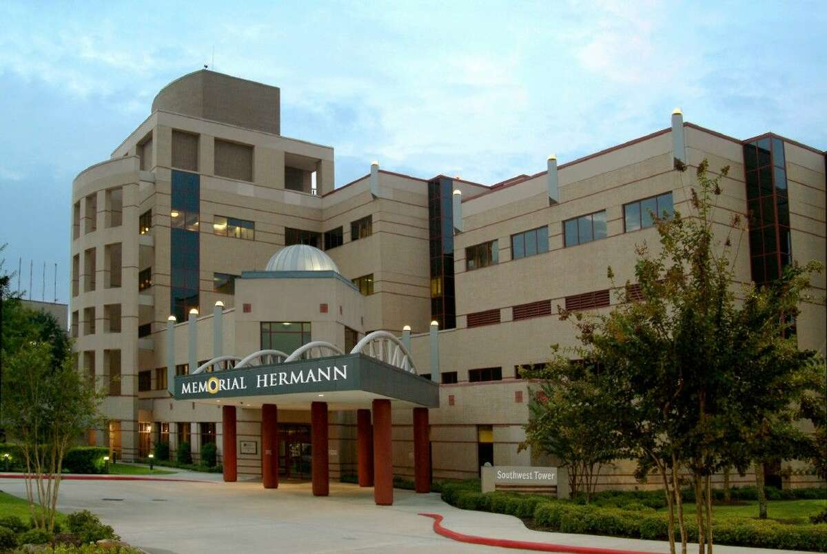 Starting in late November, MD Anderson will become the exclusive provider of professional breast radiology services for five of Memorial Hermann's 10 breast care centers, located in Memorial City, The Woodlands, Northeast, Southwest and Sugar Land.