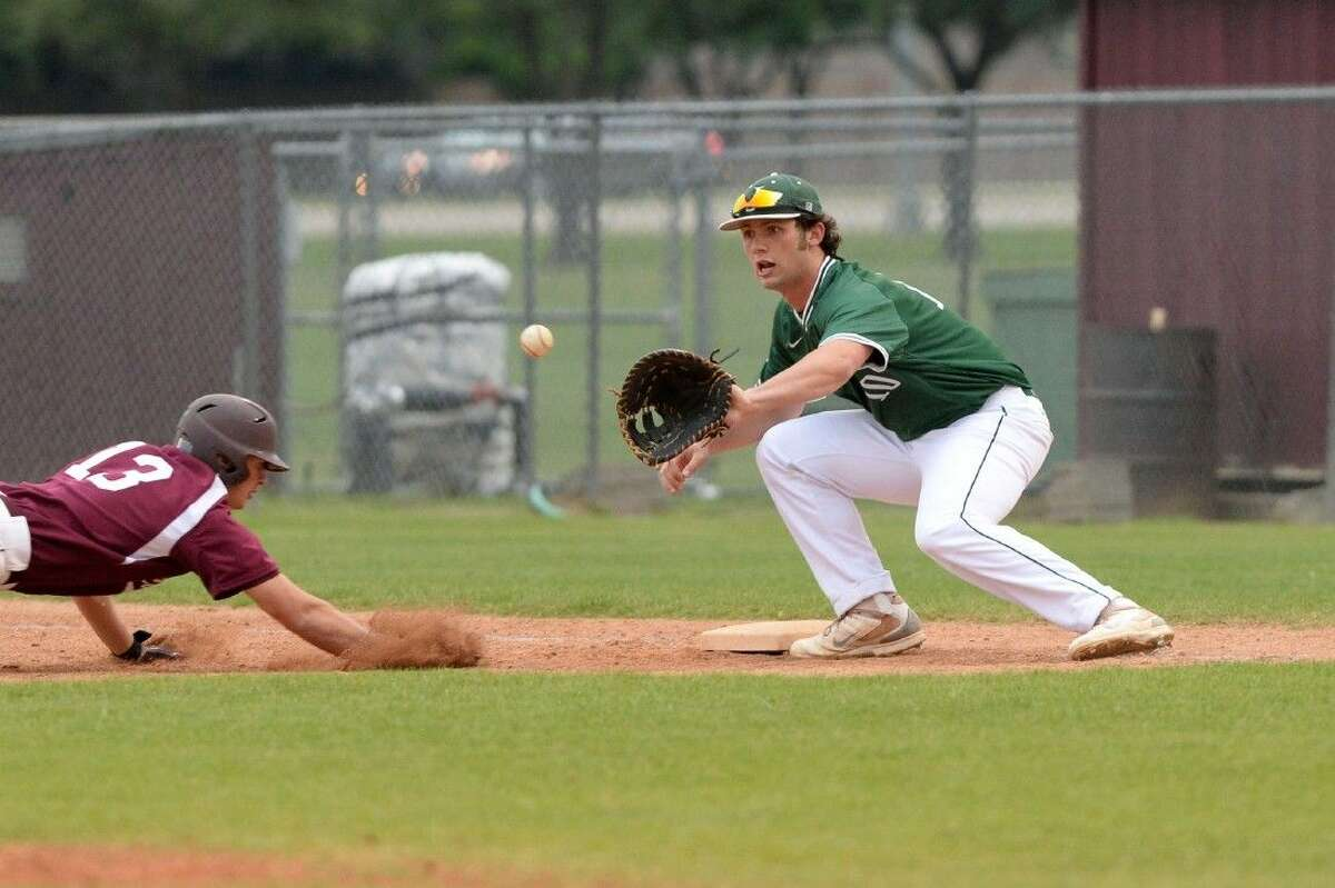 Zach Zubia and Strake Jesuit defeated previously unbeaten Katy and Cinco Ranch last week to improve to 4-2 in District 19-6A. The Crusaders had Mayde Creek, Morton Ranch and Tompkins on their upcoming schedule.