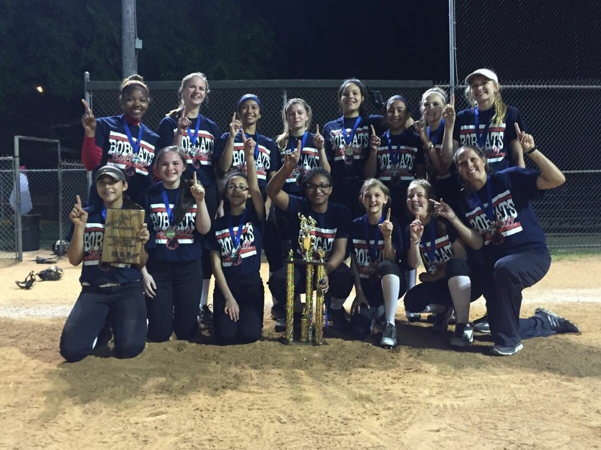 Members of the first-ever Berry Miller softball team are (top row, left to right) coach Krystal Williams, Lauren Witte, Alexia Mullen, Emily Dugas, Zara Bennett, Isabella Mata, Bayleigh Borden, Addie Cox (bottom row) Sydney Franco, Peyton McWherter, Serena McGill, Baleigh Anderson, Adelle Perkins, Erin Connolly and coach Amanda Westmoreland.