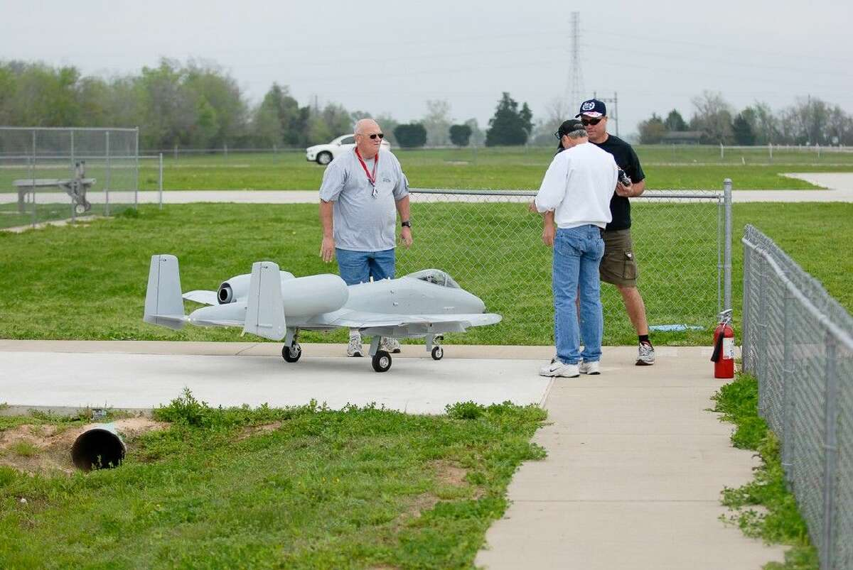 The Fort Bend Radio Control Airplane Club will hold their annual air show on September 5. Proceeds will benefit the Muscular Dystrophy Association.