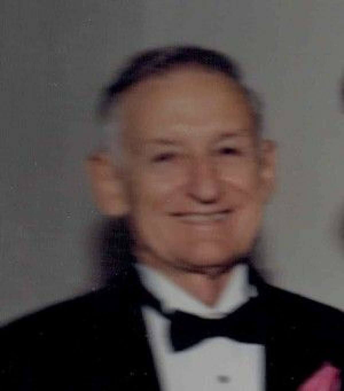 Barnett III, Earl