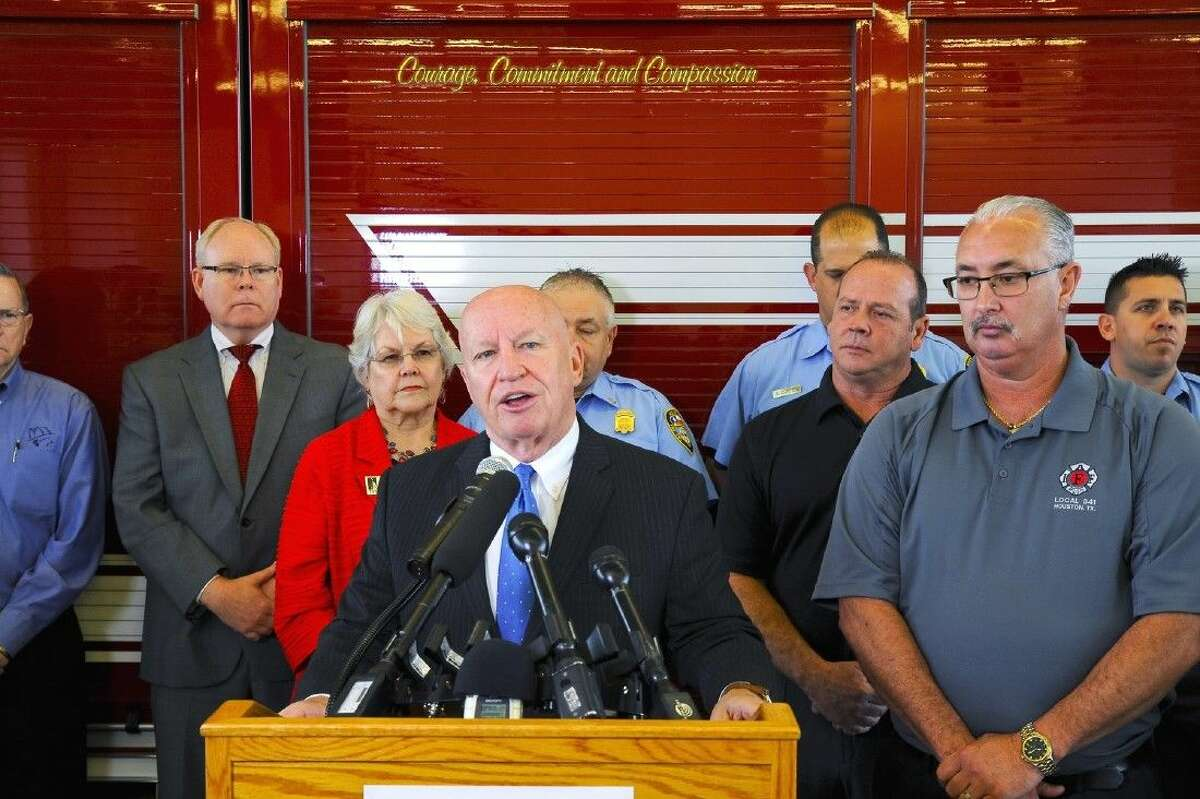 U.S. Congressman Kevin Brady address firefighters, teachers, and police officers updating them on the bill he is moving through Congress, HR 711.