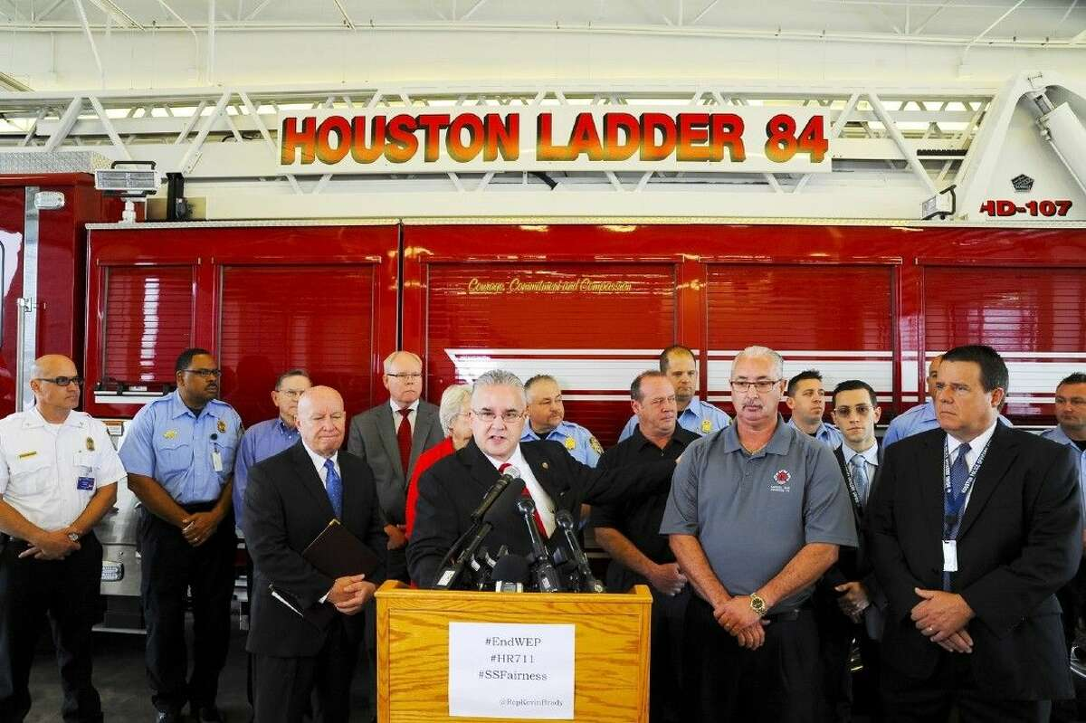 Representatives from Firefighters Pension Board, Texas Retired Teachers Association, Texas State Firefighters Association, Firefighters Union and the Police Officers Union.