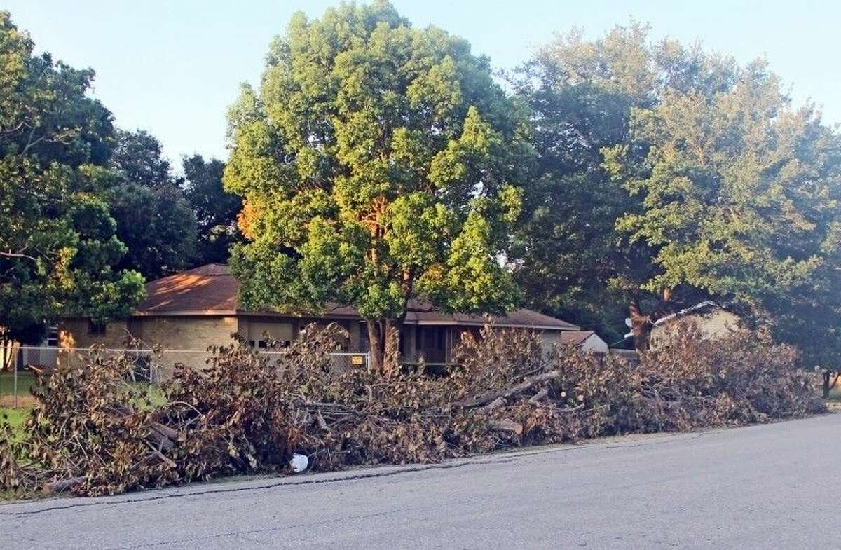 Heavy trash was spotted piling up in front of many Pasadena houses Tuesday (July 21).