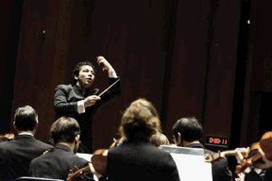 Three Weeks of Beethoven with Andrés Orozco-Estrada begins a three-year cycle of all nine Beethoven symphonies.