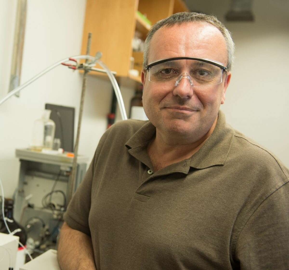 Rice University chemist Andrew Barron led an analysis of water produced by hydraulic fracturing of three gas reservoirs and suggested environmentally friendly remedies are needed to treat and reuse it.