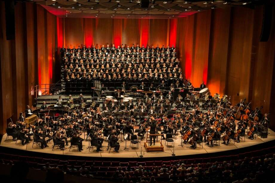 The Houston Symphony with the Houston Symphony Chorus performing at Jones Hall Photo: Courtesy Photo