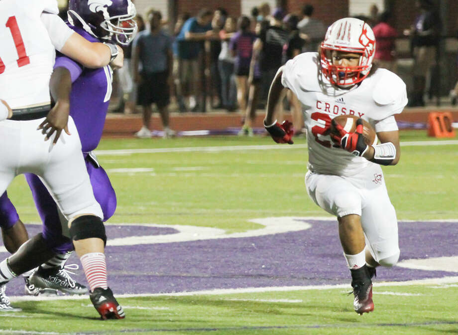 Crosby will begin District 21-5A play when it hosts Barbers Hill at 7 p.m. Friday. Photo: Texas Sports Photography