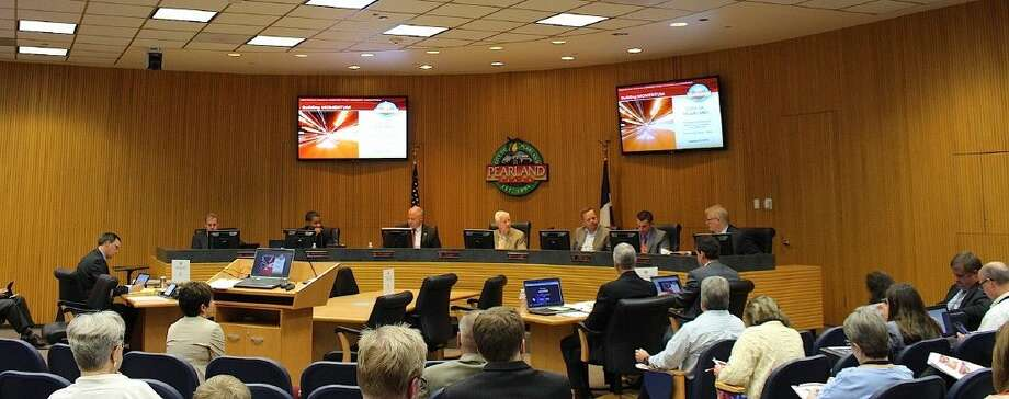 Pearland City Council held its Regular Meeting Monday (Aug. 10) at City Hall in front of an almost full house.