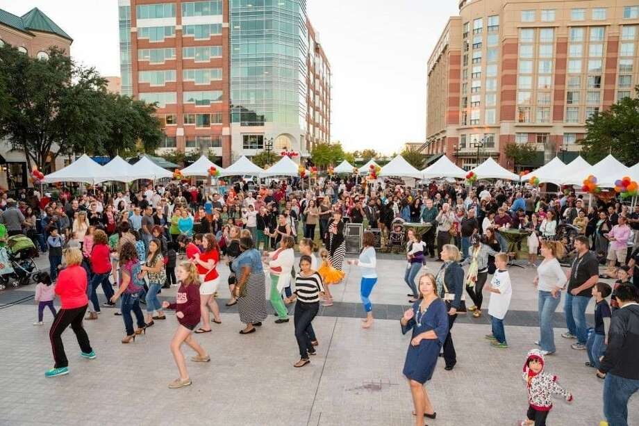 Taste of the Town, the ultimate dine-around experience, returns to Sugar Land Town Square Sept. 20 from 4-7 p.m. Proceeds from ticket sales to Taste of the Town benefit the Fort Bend Junior Service League. Photo: Submitted Photo