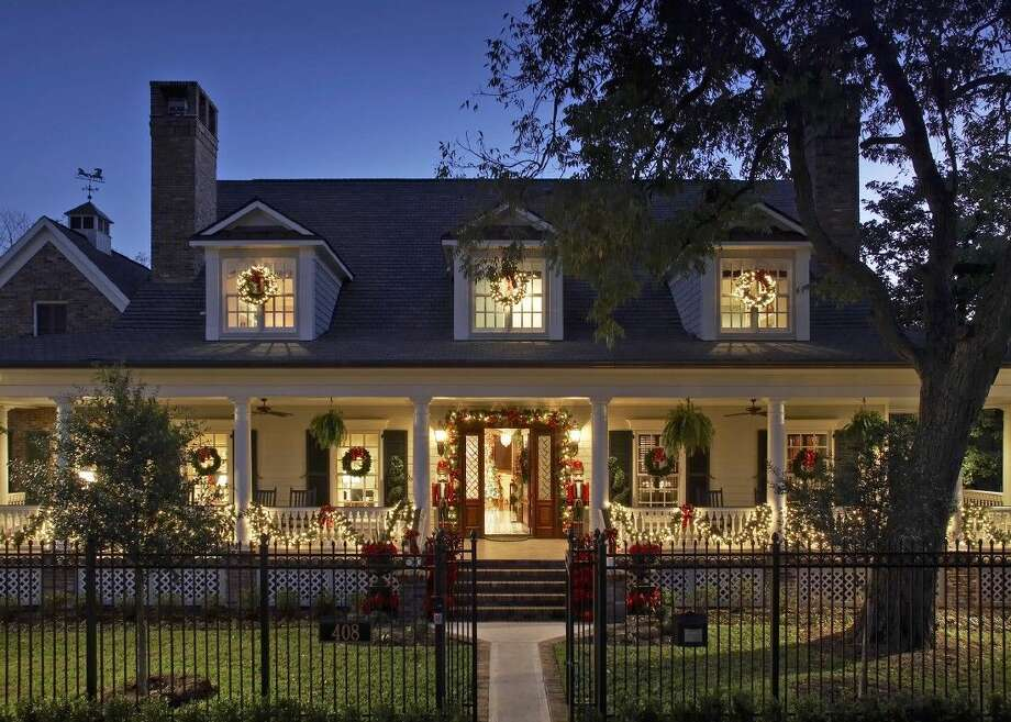 Miz Magnolia, a home included in a previous Houston Heights Association Holiday Home Tour, represents the type of holiday cheer visitors will experience when taking the Association's 2015 Home Tour on Friday and Saturday, Dec. 4 and 5. Photo: Courtesy Photo