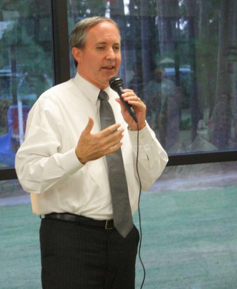 Staff photo by Jacob McAdamsTexas State Senator Ken Paxton addresses the crowd at the Shepherd Community Center, speaking of the issues that the state of Texas is facing as a part of the United States. Photo: Staff Photo By Jacob McAdams