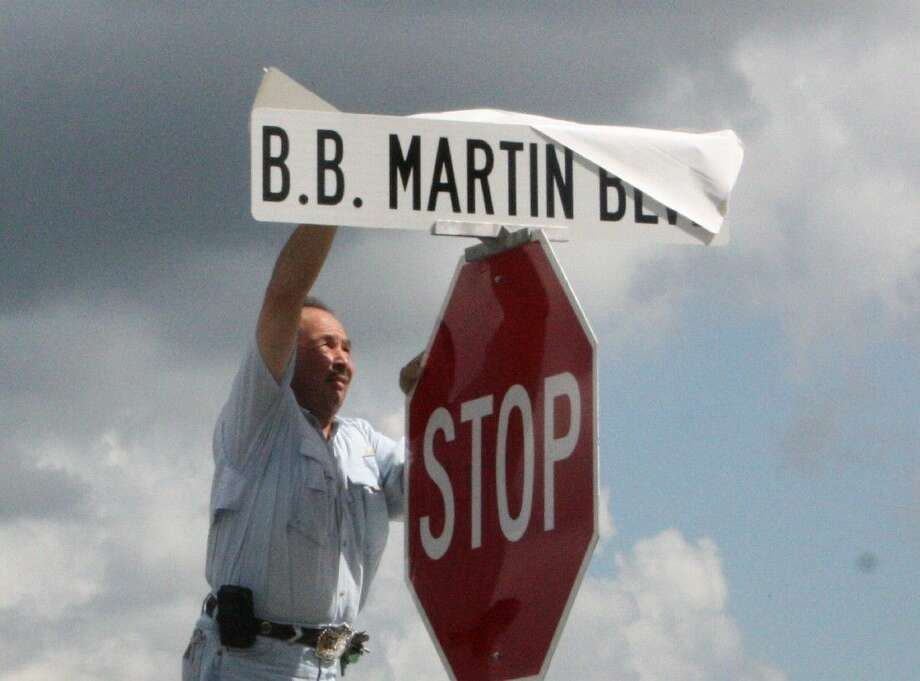 Staff photo by Jacob McAdamsJoe Salas unveils B.B. Martin Blvd. outside of the Martin Chrysler Dodge Jeep dealership on Sept. 10. Photo: Staff Photo By Jacob McAdams