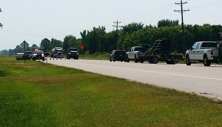 Several roads in Liberty County have been undergoing repairs in recent weeks. A portion of SH 105 east of the Moss Hill intersection received new blacktop coating. Photo: Vanesa Brashier