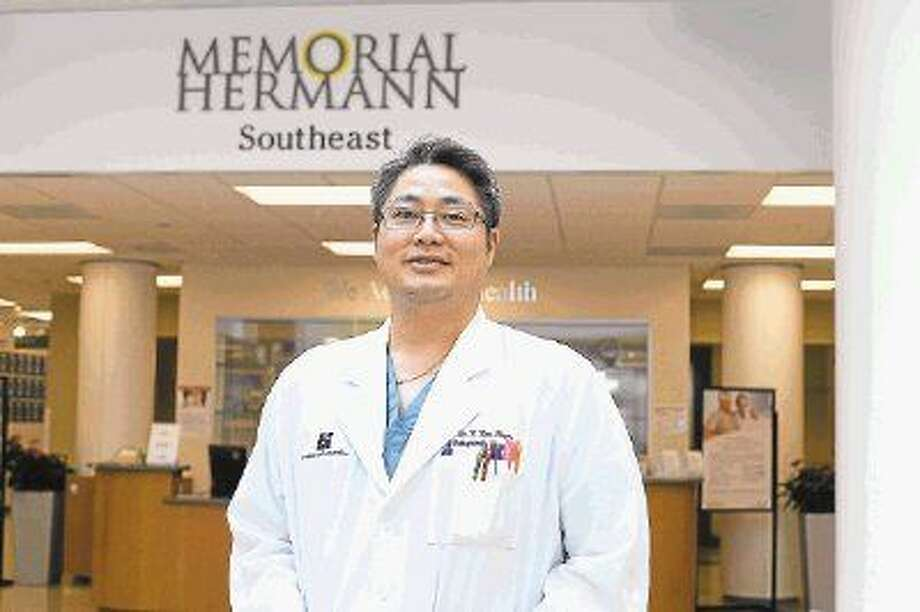 Dr. Van Phan, DO, orthopedic surgeon at Memorial Hermann Southeast Hospital and director and a founding member of its Total Joint Replacement Program, established in January 2013, is still striving for better.