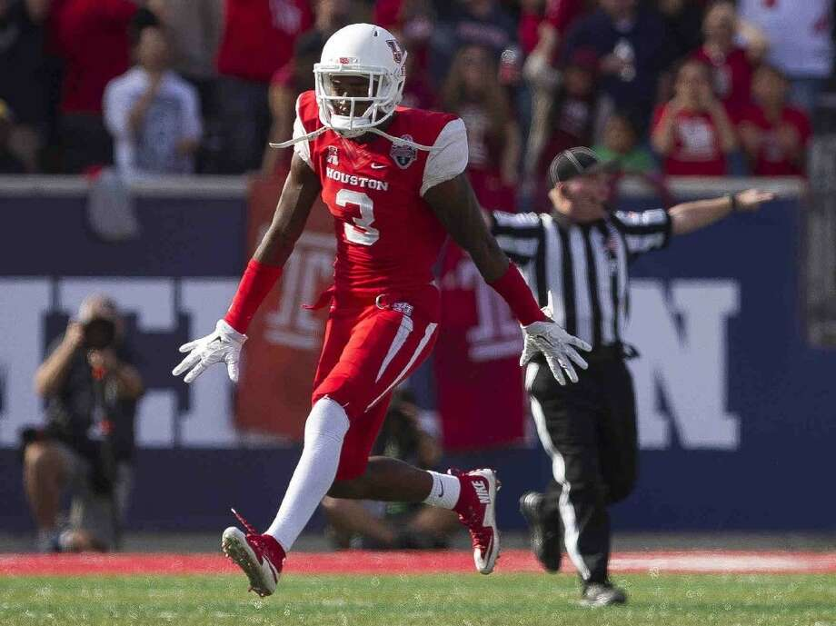 Houston cornerback William Jackson III celebrates after breaking up a pass in the fourth quarter of an American Athletic Conference championship game at TDECU Stadium Saturday, Dec. 5, 2015, in Houston. Photo: Jason Fochtman