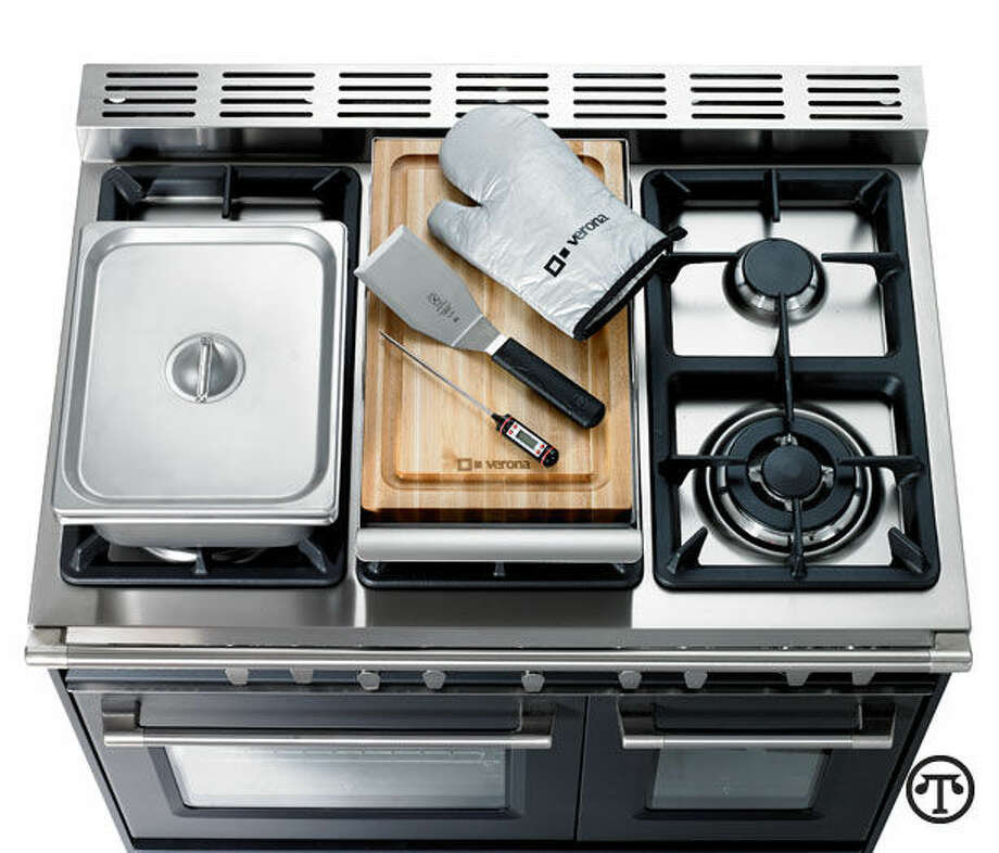 Ranges with a variety of abilities to cook different ways at once are a popular part of many modern kitchens. (NAPS)