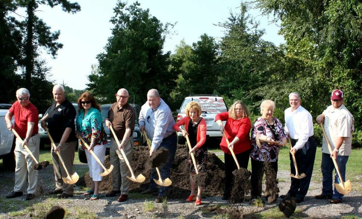 Mission Northeast Director Pam Dickson, along with Montgomery County community leaders, celebrate with a groundbreaking on Wednesday, Aug. 26.