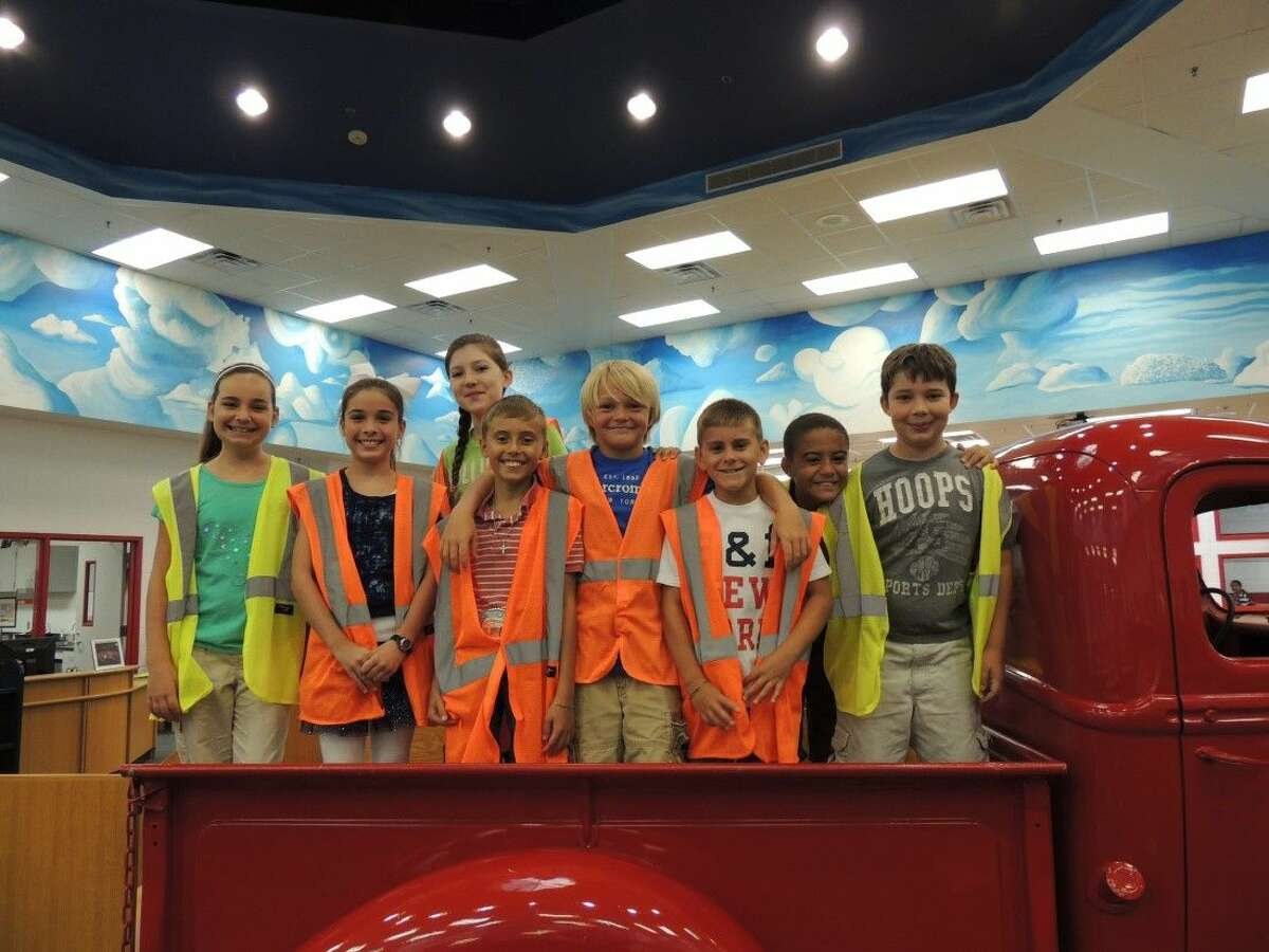 Kimmie Brown Elementary has student greeters welcoming students. The greeters include (left to right) Kyndall Kelley, Maysen Kuhrt, Jaclynn Schwander, Jake Williams, Ashton Garner, Nick Kopecky, Manney Dewey and Colby Ewing.
