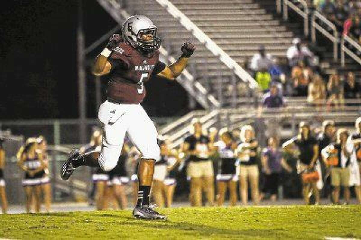 Magnolia's Anthony Johnson (5) emerged as a top player for the Bulldogs last season.