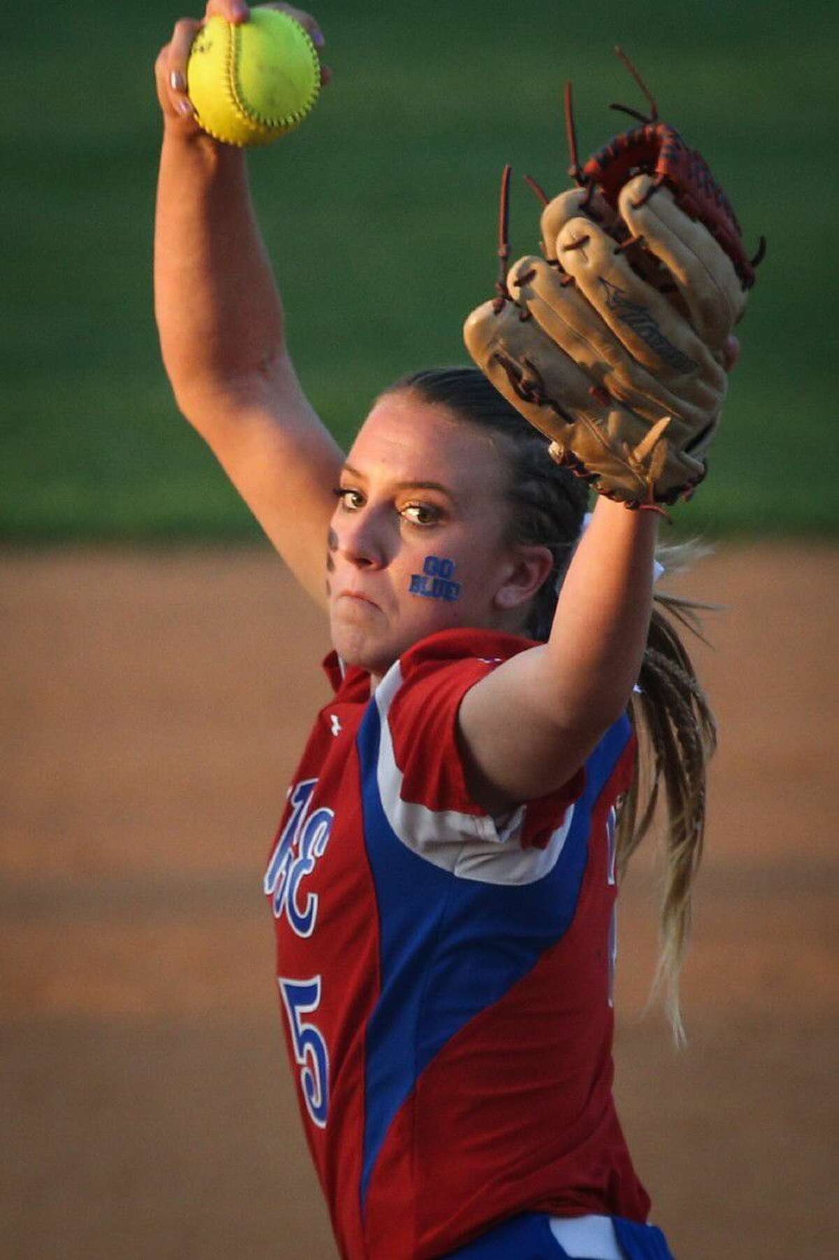 Oak Ridge's Carlie Darnell (5) throws a pitch during the high school softball game against Austin Bowie on Friday, May 6, 2016, at Oak Ridge High School. To view more photos from the game, go to HCNPics.com.