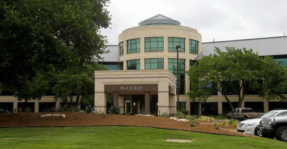 This is Valero Energy headquarters at One Valero Way in San Antonio, Texas Tuesday April 23, 2013. Photo: JOHN DAVENPORT, STAFF / SAN ANTONIO EXPRESS-NEWS / ©San Antonio Express-News
