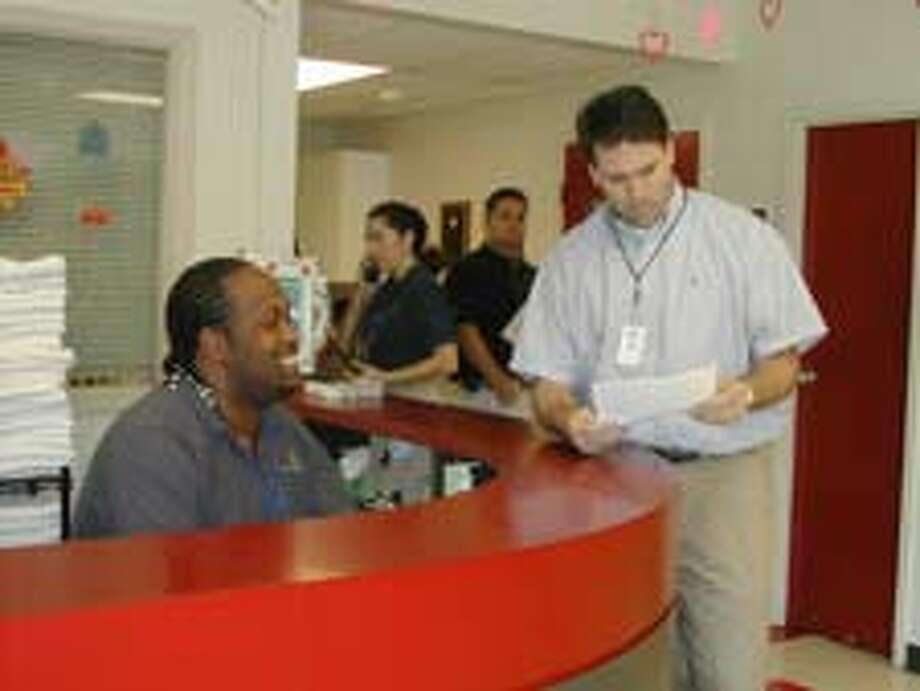 Southwest YMCA gets new director - Houston Chronicle