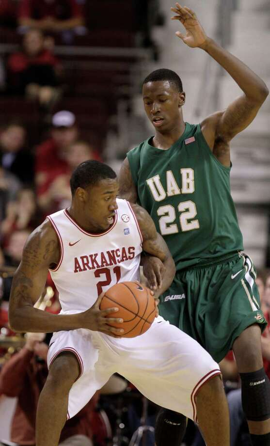 UAB forward Cameron Moore (22), who died Tuesday in Ohrid, Macedonia, was a former standout at Roosevelt High School in San Antonio. Photo: Danny Johnston, AP / AP