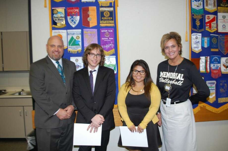 Pasadena Rotary was pleased to honor two top students from Memorial High School. Pictured from left are Assistant Principal John Thompson, Caleb Olson, Larissa Perez and Principal Angela Stallings. Photo: BILL WELCH