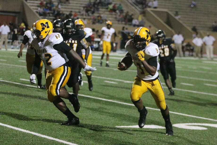 Marshall's Adrion Robertson on his way to the end zone Photo: Ft. Bend Athletics