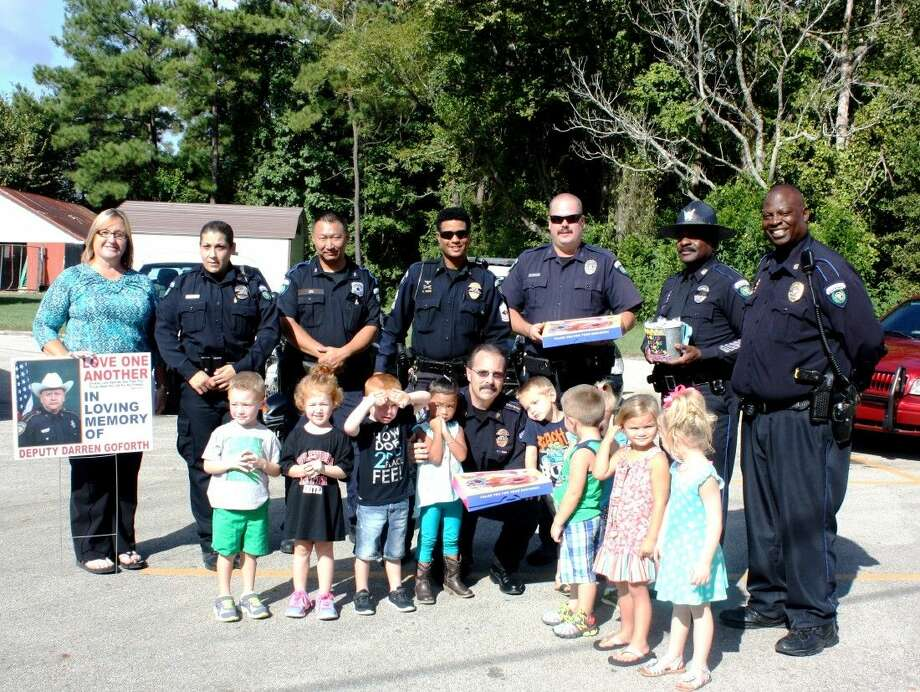 Students of the Bumblebees & Butterflies Daycare Center in Splendora visited the members of the Patton Village Police Department on Friday, Sept. 4, where they expressed their appreciation. Photo: Stephanie Buckner