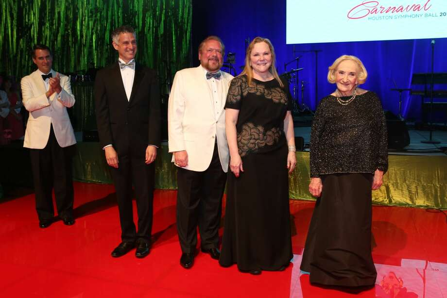 Sybil F. Roos, John and Lindy Rydman of Spec's and Associate Conductor Robert Franz honored at Houstony Symphony Ball.