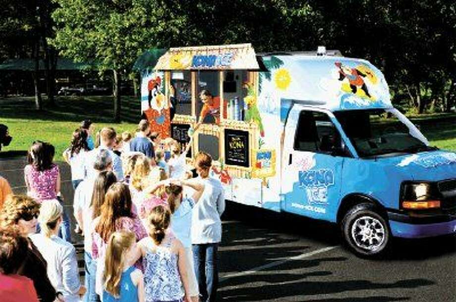 Bringing amusement park excitement everywhere it stops, Kona Ice is introducing Kingwood to its unique blend of entertainment and gourmet frozen treats.