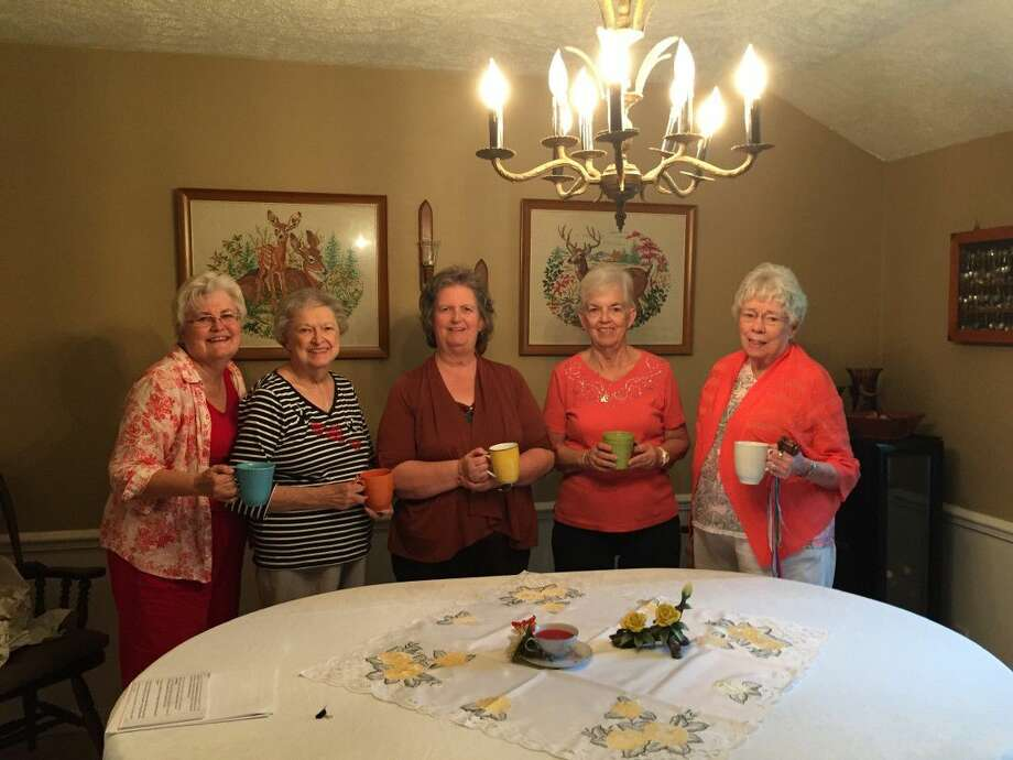 Theta Master Chapter Ends Sorority Year With Forever