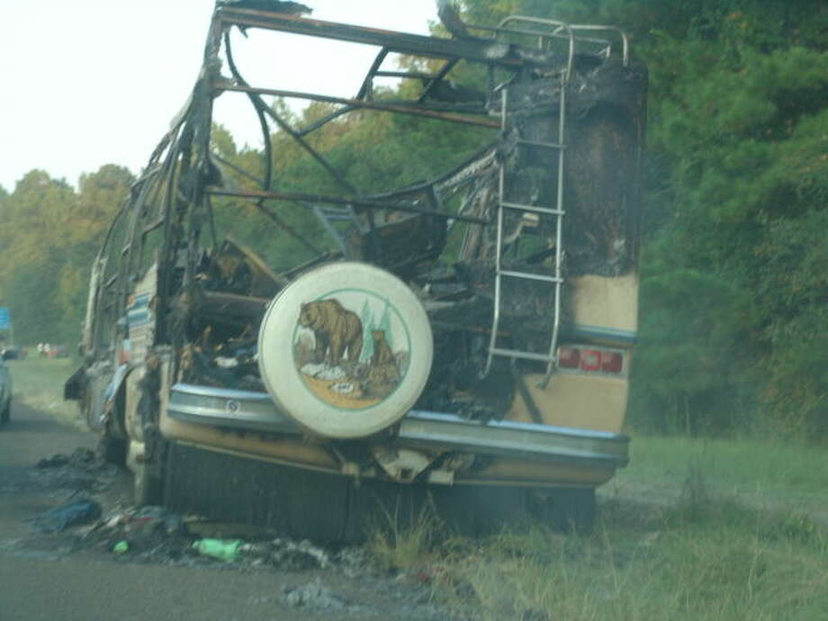 The remains of an RV which burned during the evacuation of the greater Houston area from Hurricane Rita in 2005. Photo: Roy N. Kent/HCN Staff