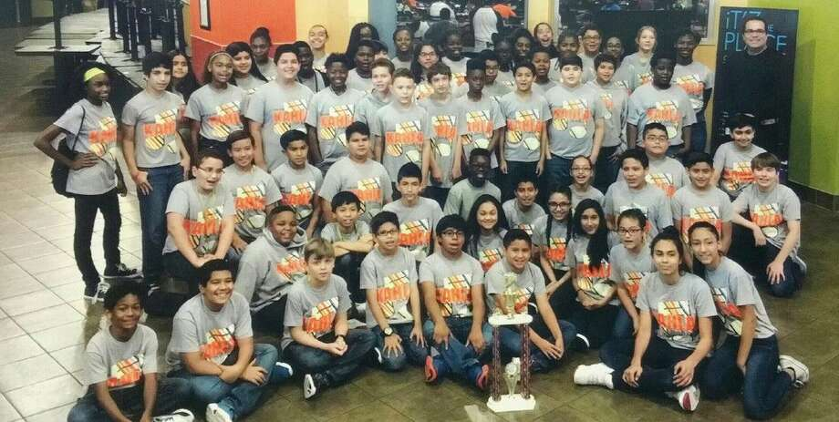 The Kahla Middle School beginning band won three 1st Division ratings and a sweepstakes award at the Pride of Texas Music Festival on May 18.