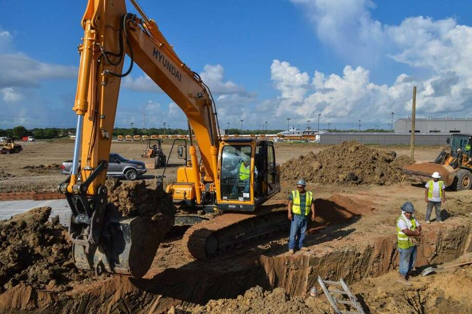 Construction has started on Clear Creek ISD's Challenger Columbia Stadium. Photo: Clear Creek ISD Office Of Commun